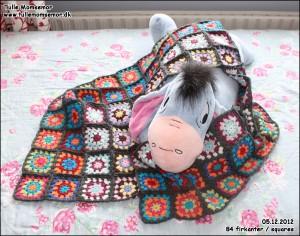 Mit hæklede tæppe projekt: 05.12.2012 – hæklet 84 firkanter