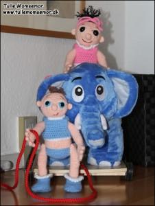 Tvillingerne - Ingrid & Lillebror leger med Bodil