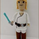 Luke Skywalker LEGO man af Amidorable Crochet Design