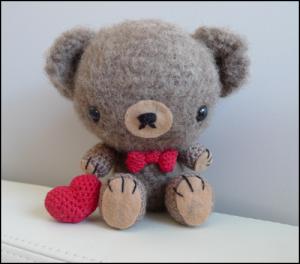 Valentine bamse af Stephanie
