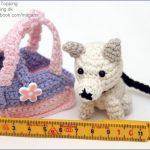 Miniature hund med taske