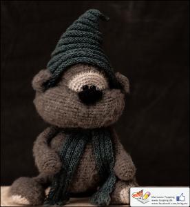 Albert, den nuttede bamse. Hækleopskrift fra Little Owls Hut